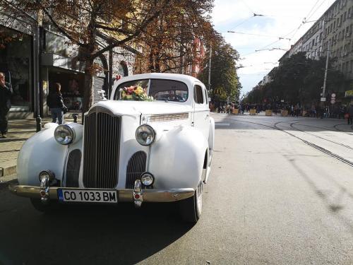 Ретро автомобил Пакард 5