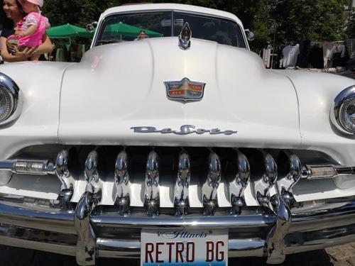 004-desoto-cabriolet-sofia-parade
