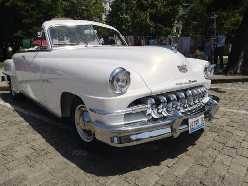 006-desoto-cabriolet-sofia-parade