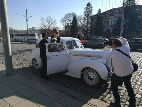 Ретро-Пакард-сватба