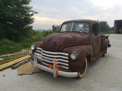 04.retro-chevy-1952