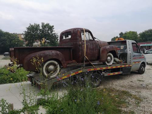 07.retro-chevy-1952
