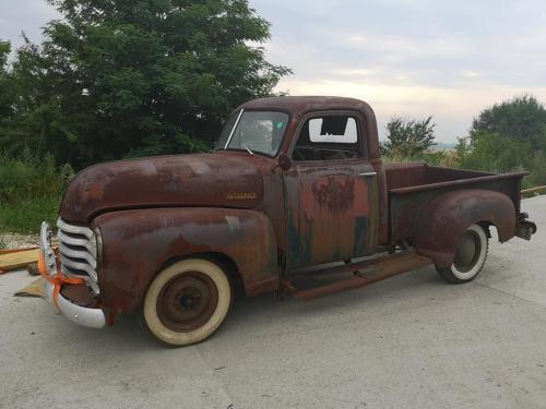 10.retro-chevy-1952
