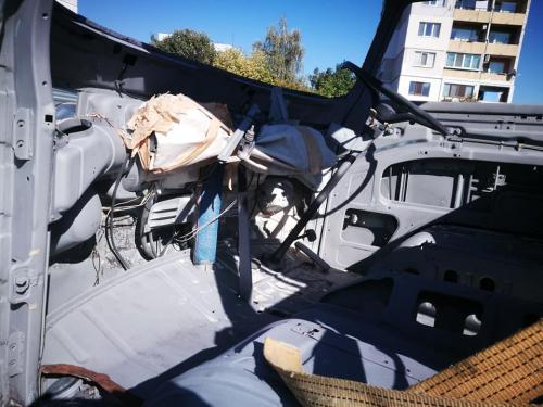 09-Процес-на-реставриране-на-стари-коли